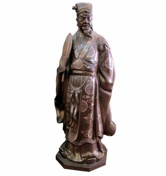 Tượng Khổng Minh, được làm bằng đồng
