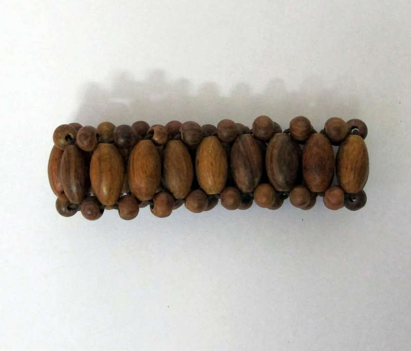 Đồ gỗ:vòng đeo tay bằng gỗ sưa