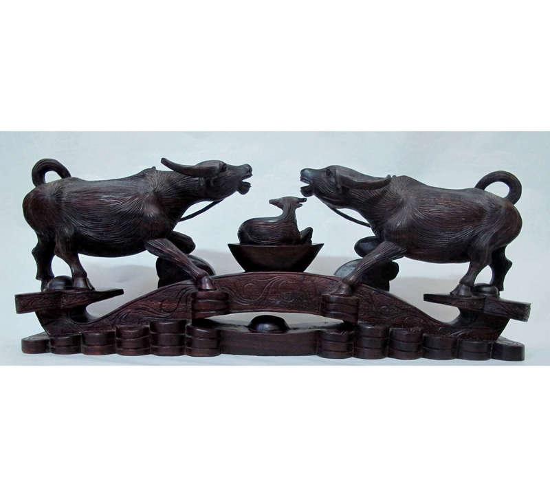 Cầu trâu như ý, được làm từ gỗ chiêu liêu - chiu liu
