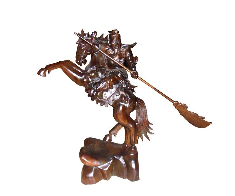 Tượng Quan Công cưỡi ngựa