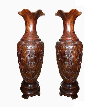 Đôi lộc bình bằng gỗ chiu liu