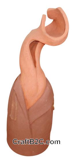 Tượng gốm trừu tượng: Thiếu nữ