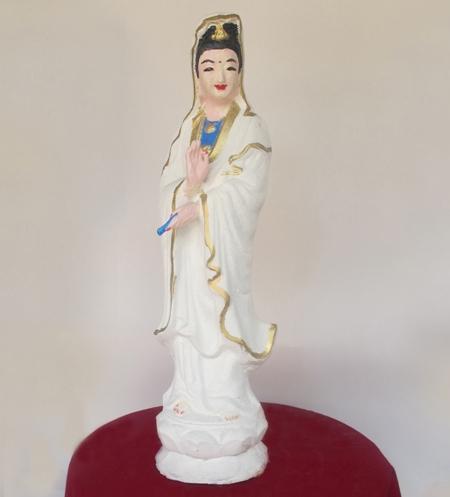 Tượng Phật Bà Quan Âm, làm bằng thạch cao