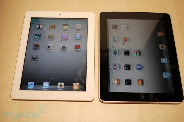 Cần bán gấp 02 con Apple Ipad 2 64GB Wifi 3G White+Black