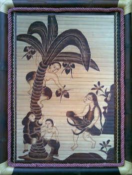 Tranh tre Hứng Dừa, chất liệu tre hun khói